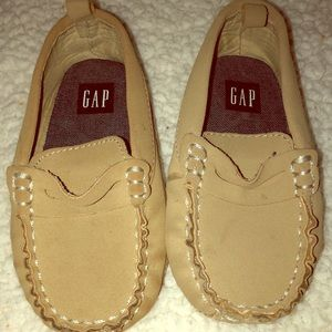 Gap Faux Suede Toddler boy loafers